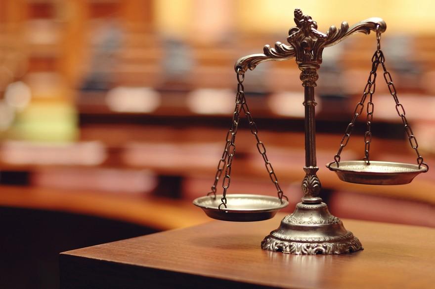 7772498006_la-balance-de-la-justice