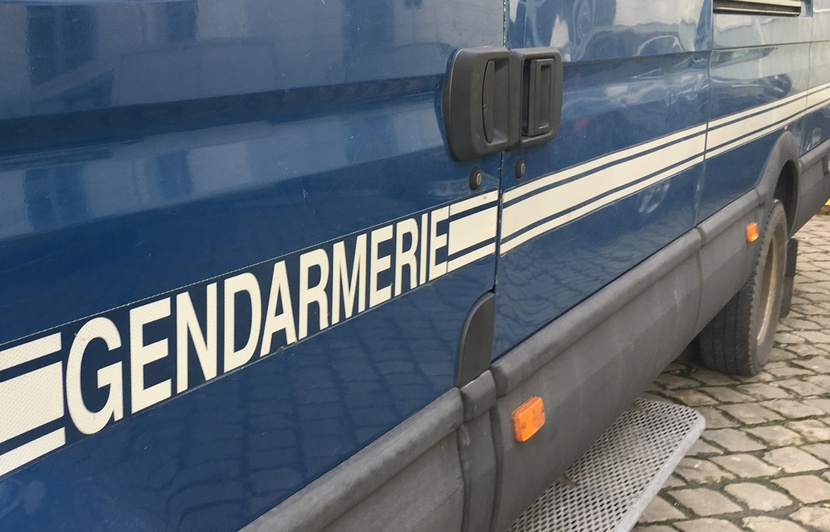 830x532_camion-gendarmerie-douai-nord