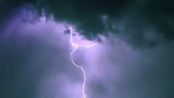 orages-eclairs-21-7e1ccf-0@1x