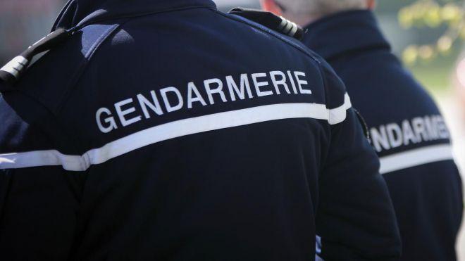 gendarmes-786691.jpg